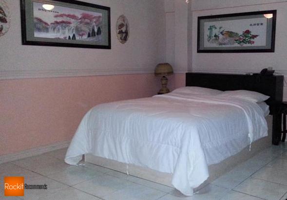 Kokomos Hotel Angeles City review