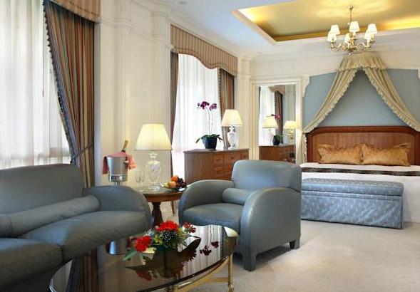 city-hall-hotel-singapore-room