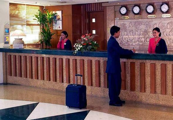 Mercure Jakarta Kota lobby