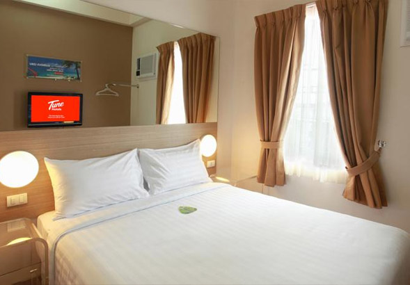 Tune Hotel in Angeles City Philippines guest friendly