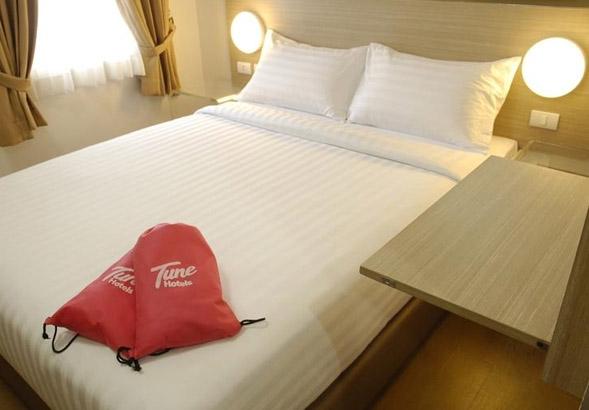 Tune Hotel Makati